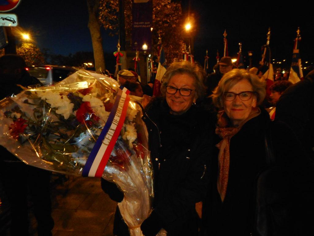 Noelle Patuelle et Martin Chantal tenant la gerbe de Rawa
